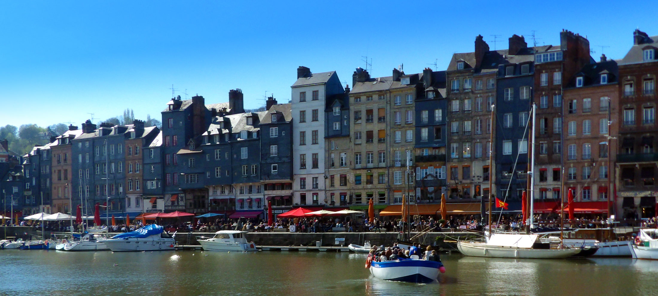 Promenades en bateau honfleur en mer ou dans le port - Le bistrot du port honfleur ...